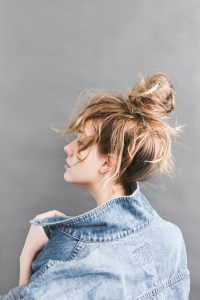 Effortless Style: Chic Bed Head