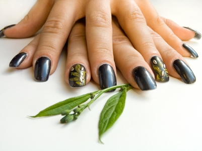 Rock a New Trend: One Nail, Different Color!