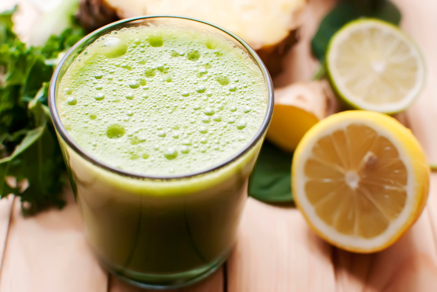 Spinach and Lemon Detox Smoothie