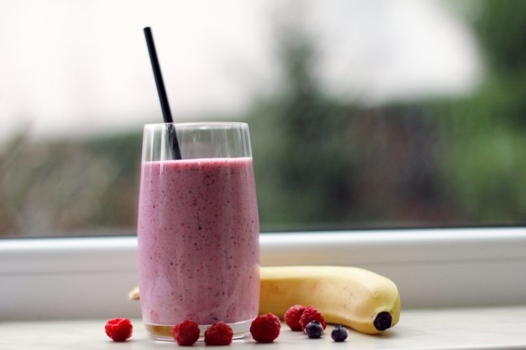 Berry-Radish Superfood Smoothie