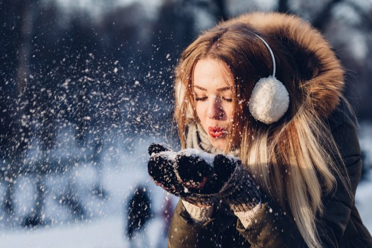how to stay positive during the winter