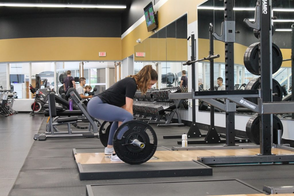 how-to-incorporate-weightlifting-into-your-workout-routine