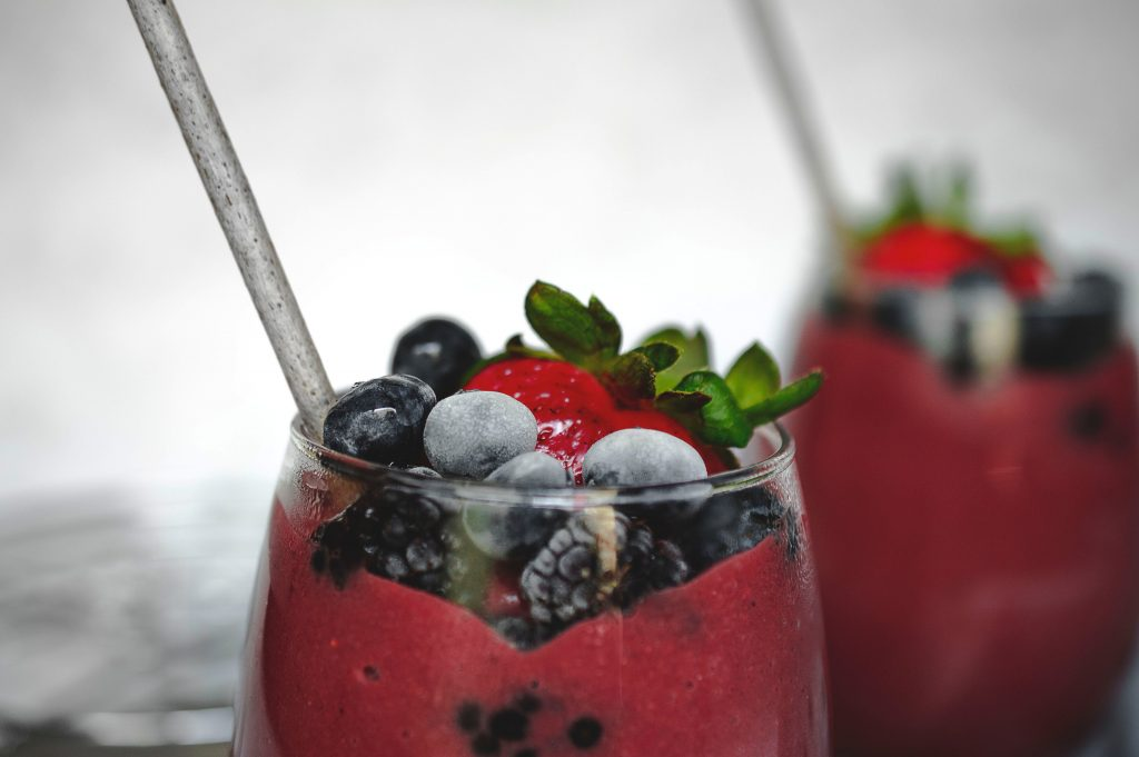 Double Berry and Dragon Fruit Detox Smoothie