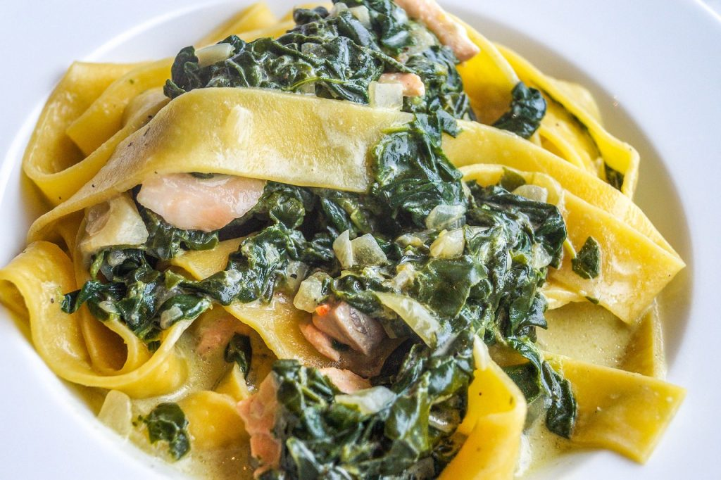 Spinach Fettucine With Parmesan Cheese